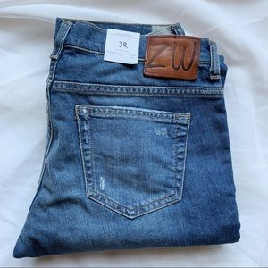 NWT Zara Woman Cigarette Leg Distressed Ankle Jean